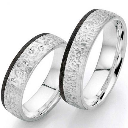 Toll gearbeitetes Ringpaar aus Silber mit Carbon und Sternenhimmel
