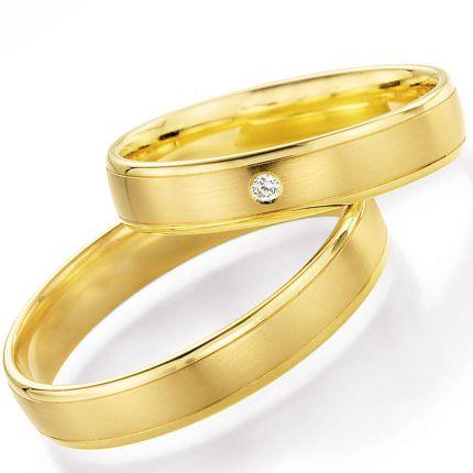 Schlichte Eheringe aus Gelbgold