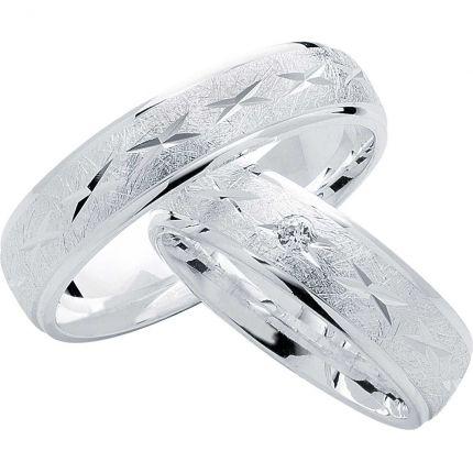 Außergewöhnliche Ringe aus Silber, eismatt, poliertem Ornament und Randprofil, wahlweise Zirkonia