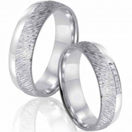 Trauringe aus Silber mit Struktur