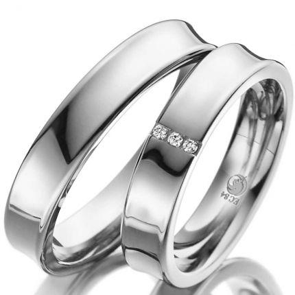 Konkave Ringe aus Weißgold mit drei Brillanten