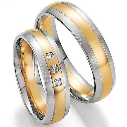 Mehrfarbige Eheringe aus Gelbgold und Weißgold, Oberfläche längsmatt poliert, im Set