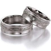 7,5 mm breite Ringe mit Struktur aus Silber