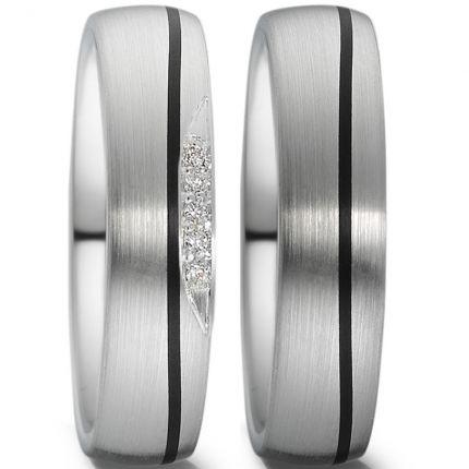 Hochzeitsringe Carbon mit seitlichem Brillantverlauf