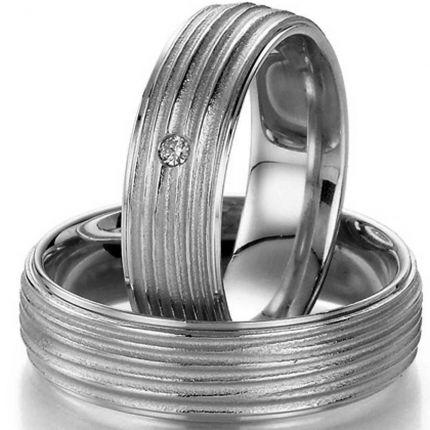 Aussergewöhnlicher Silberring mit Rillenprofil