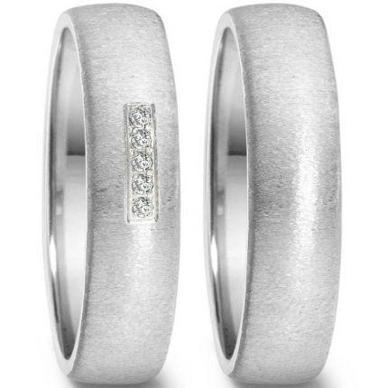 6 mm breite Hochzeitsringe aus Edelstahl mit 5 Brillanten