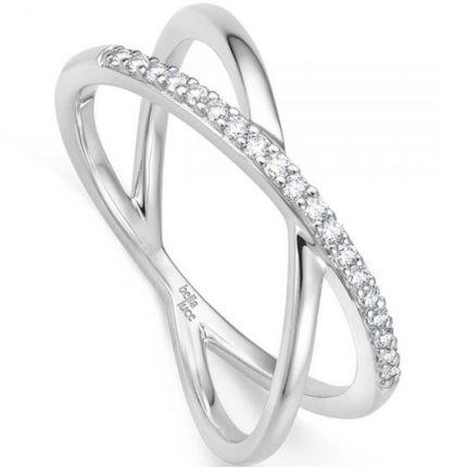 Einzigartiger Verlobungsring mit diagonalen Brillanten
