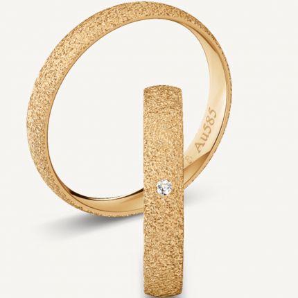 3,5 mm breite, diamantierte Eheringe aus Roségold mit wahlweise Brillant