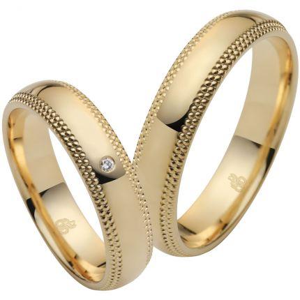 Traumhafte Ringe aus Gelbgold mit Millgriff Rändern