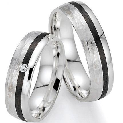 Trauringe aus Silber mit Carbon