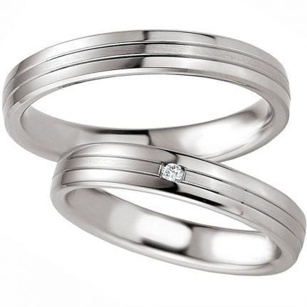 Schlichte Hochzeitsringe aus Silber
