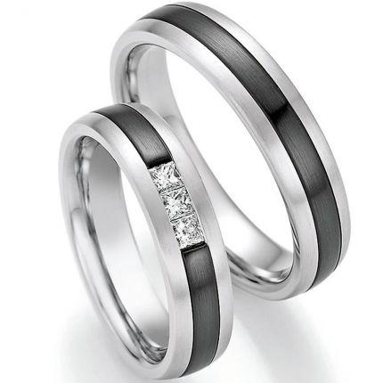 Besonderes Ringpaar aus Weissgold mit Zirkonium und 3 Princess-Cut Diamanten