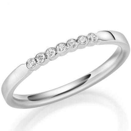 Memoire Ring mit 7 Brillanten zusammen 0,07 ct