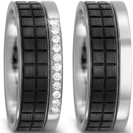 Breites Ringpaar aus Carbon und Titan sowie 11 Brillanten