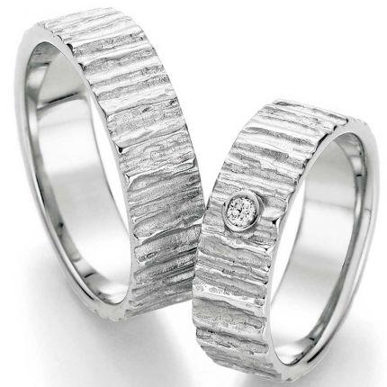Eheringe Silber mit querer Struktur