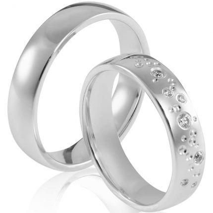 Polierte Ringe aus Silber, wahlweise mit 7 Brillanten oder Zirkonia als Sternenhimmel