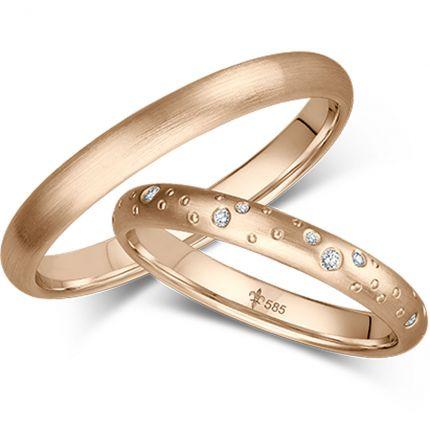 Wunderschöne Eheringe mit umlaufend verteiltem Sternenhimmel aus Roségold