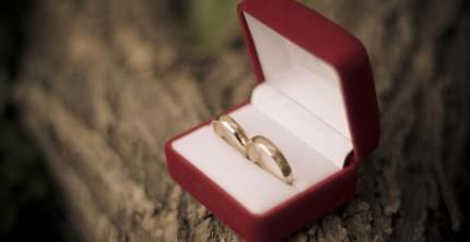 Haben eine hohe symbolische Bedeutung: Eheringe