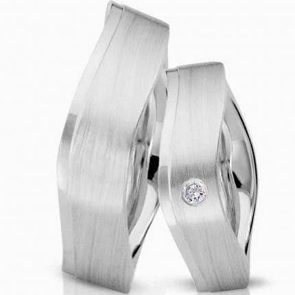 Wellenprofil Ringe in mattiertem Silber, wahlweise mit Brillant oder Zirkonia