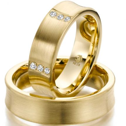 Konkave Ringe aus Gelbgold mit 15 verteilten Brillanten