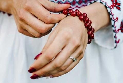 Hand verlobungsring deutschland welche Verlobungsring an