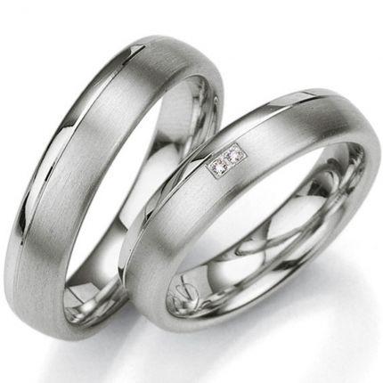 Eheringe aus Silber mit Brillanten
