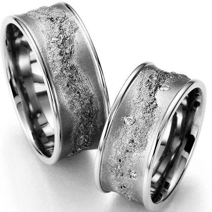 9 mm breite Ringe aus Silber mit toller Struktur