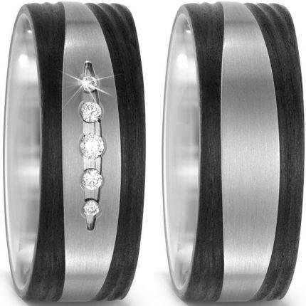 Breite Ringe aus Titan mit Carbon und Brillanten